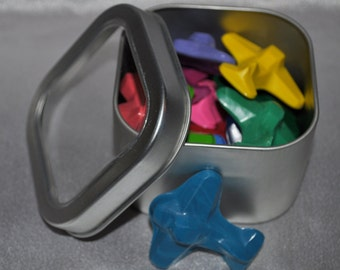 Airplane Crayons, Airplane Party Favors, Recycled Crayons Airplane Shaped in Keepsake Tin, Total of 14 Airplane Crayons. Unique Party Favors