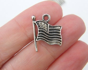 10 American flag charms antique silver tone WT20