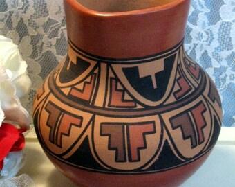 Vintage Bertha Gachupin Jemez Native American Pottery Vase, 1970s Hand Made Vase, Pueblo Zia and Corn Clan, Cornstalk Pottery Signed