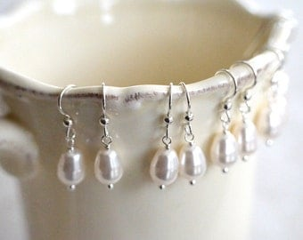 Bridesmaid Gift - 7 Cream or White Teardrop Pearl Earrings in Sterling Silver - choose pearl color - 10% discount