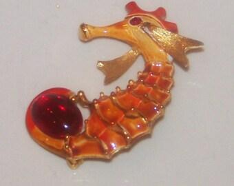 Lind Gal 1950s Vintage Enamel Seahorse Brooch