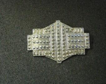 Unusual gold tone textured geometric vintage pin brooch
