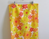 Vintage Mod Flower Power Pillowcases: Set of 2