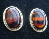 Vintage Tigers Eye Clip on Earrings
