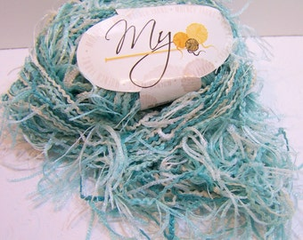 Muench Bella Donna Yarn, Color 5602, Mint Green Eyelash Yarn