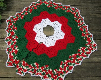 Christmas Tree Skirt Crocheted Granny Hexagons in Red Green and White, Xmas Decor, Bridal Shower Gift, Old Fashion Handmade