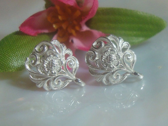 2 pcs, 12x10mm, Semi Matte - Not dull, 925 Sterling Silver Filigree Floral Ear Post Earrings With Loop - EP-0001