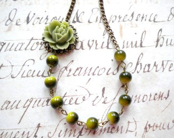 Olive Green Necklace Flower Necklace Khaki Jewelry Green Bridesmaid Necklace Olive Green Jewelry Khaki Jewelry Flower Nature Necklace