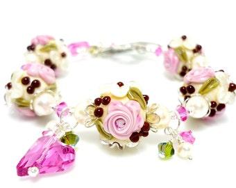 Floral Lampwork Bracelet, Floral Glass Bracelet, Glass Beads Bracelet, Beaded Bracelet, Charm Bracelet, Heart Jewelry, Beaded Glass Bracelet