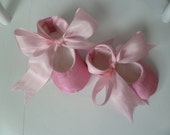 Baby Girl Shoes . Infant Ballet Slippers Pink Silk . Valentines Day Baby Shoes . Handmade Flats Booties for Baby