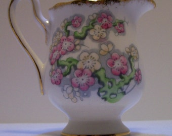 Creamer, Royal Albert Creamer, May Blossom Pattern, Creamer