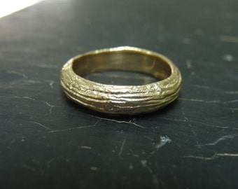 14K Gold Large Pine Branch Wedding Band