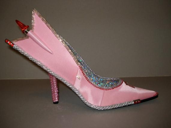 high heel shoe sculpture Auto-Mo-Heels