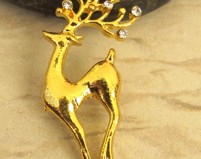 Gold finish deer charm pendant -1 piece - BD334