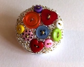Made with love x For the love of buttons beaded art pin brooch