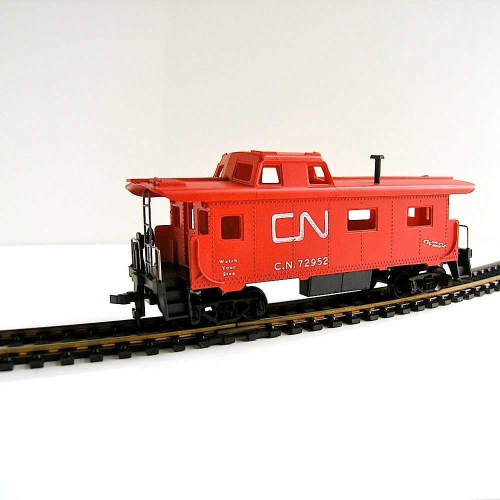 Tyco Train 1960s Vintage HO Scale Canadian National Caboose