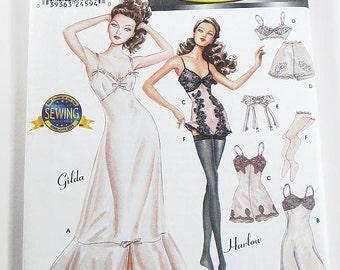 Simplicity 9527 Couturier Doll Lingerie for 15 1/2 Inch Dolls - Gilda/Harlow
