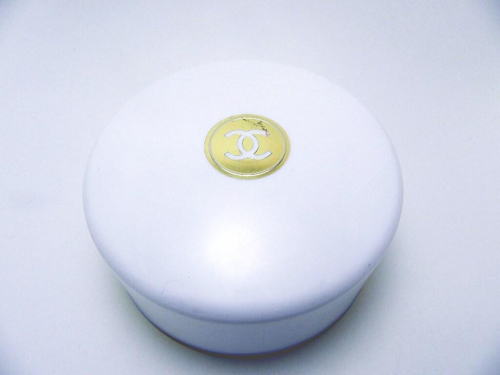 Vintage Chanel No 5 Bath Dusting Powder 8 Oz By Memeresattic