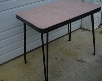 Vintage Pink and Black 50s Mid Century Table
