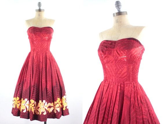 50s Red Hawaiian Dress . Tropical Luau . Alfred Shaheen .