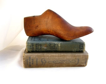 vintage shoe form.last.solid wood.industrial.rustic.urban.chic.primitive.tessiemay