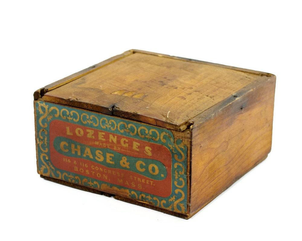 vintage wooden box with lid chase lozenges boston. Black Bedroom Furniture Sets. Home Design Ideas