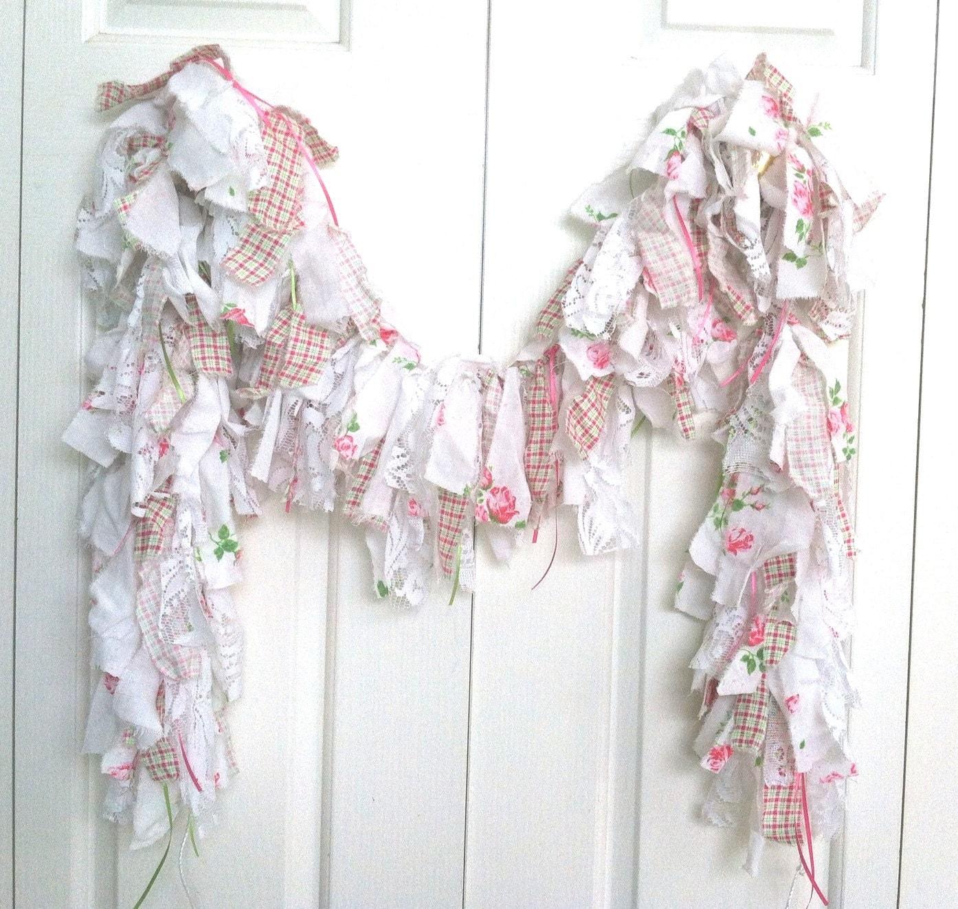 Rag garland 5 39 handmade linen garland pink white green for Shabby chic garland lights