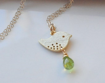 Personalized Birthstone and Bird Gold Filled Necklace, Mothers Necklace, Child Necklace, Gemstone Bird Jewelry, Peridot Birthsrone Charm