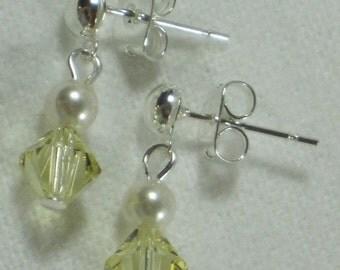Flower Girl Gift Swarovski Earrings Little Girls Jewelry Pearl Crystals Yellow Custom Dangle Earrings Ivory Cream Pearl Post Silver B082
