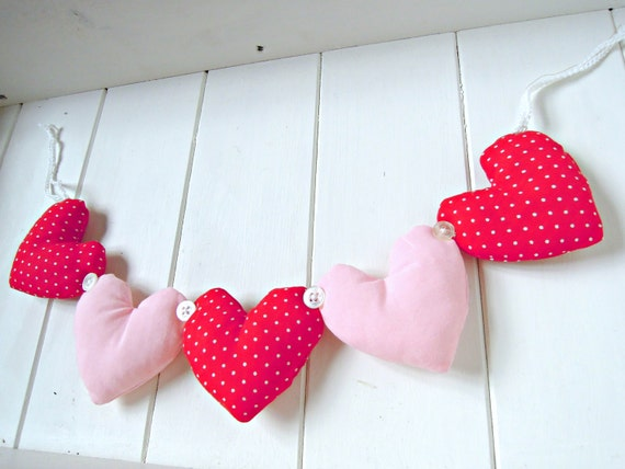 Pretty Polka Dot and Pink Heart Garland Decoration