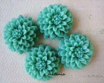 4PCS - Grass Green - Resin - Mum Flower Cabochons - 20mm