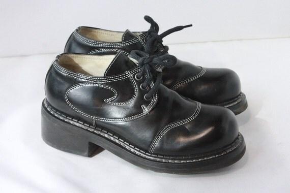 Womens John Fluevog Black Oxford Style Shoes