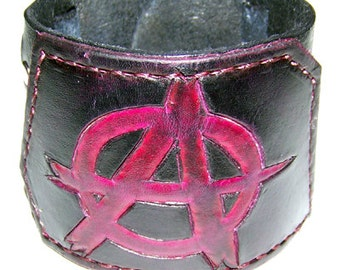 011713 Falkenstein Anarchy Cuff