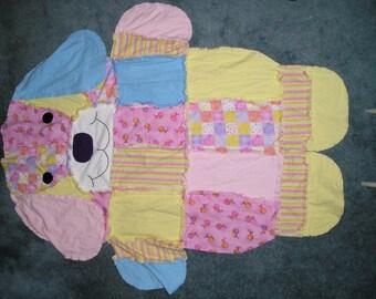 Dog Shape Flannel Fabric Rag Quilt
