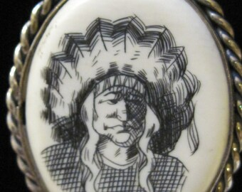 vintage scrimshaw necklace of Native American