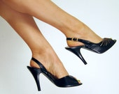 Vintage 1970s Slingbacks in Black Leather with Metallic Trim / 70s Black High Heels / Size 6