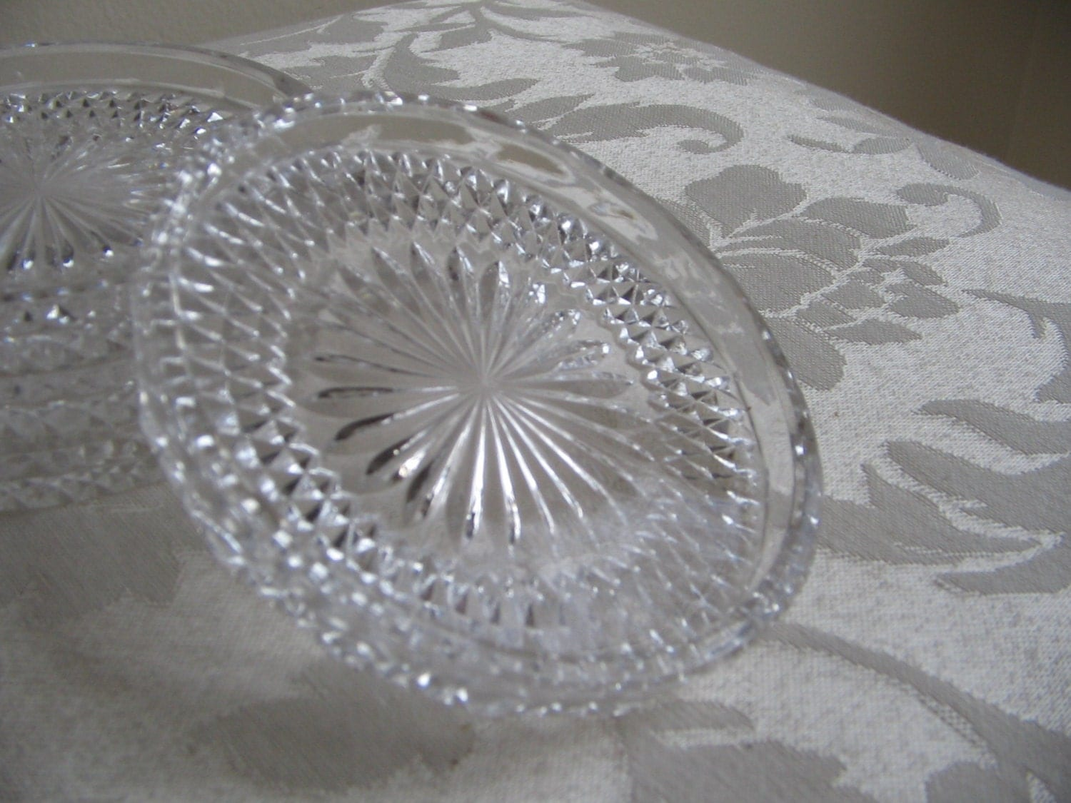 Vintage Crystal Coasters Set Of 4 Starburst Pattern Clear