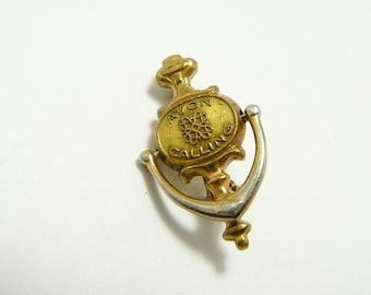 Vintage Avon Consultant Distributor Gold plated award Pin