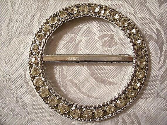 Belt Buckle Silver Tone Vintage Rhinestone Large Bezel Clear Twist Ribbed