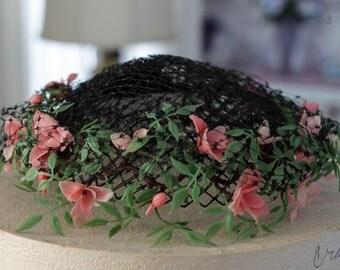 Vintage Miss Dee Black Net Hat Flowers combs