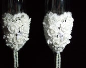 Wedding Toasting Champagne Flutes - TyingKnots