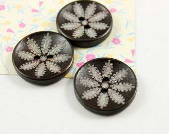 Wooden Buttons - Japanese Style Brown Concave Wooden buttons with Eight Petal Flower pattern. 1 inch. 10 pcs
