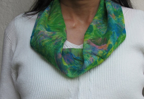 SALE - Vintage Circle Infinity Scarf Tube Chiffon green pink