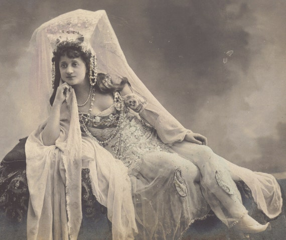 Mlle Gallet, Belle Epoque Stage Performer, by Walery of Paris