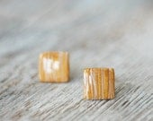 Post earrings - golden squares stud earrings - handmade jewelry - Dariami