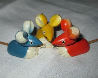 Mid Century Wooden Sweden Mice / Rabbit Pic Hor Dourves s c.1960s  By Gatormom13 JUST REDUCED