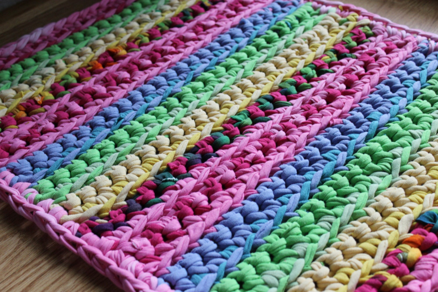 Rectangular 20x40 Pink Lovers Multicolored Rag Rug by EsTeRaP
