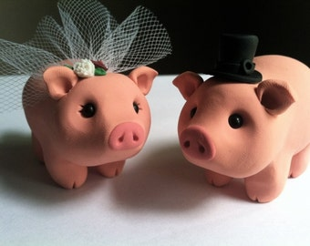 Pig Love Wedding Cake Topper