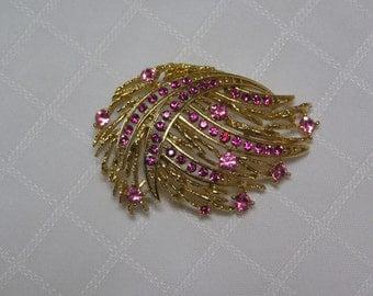 Vintage LIsner Pink rhinestone studded gold tone wisps Brooch