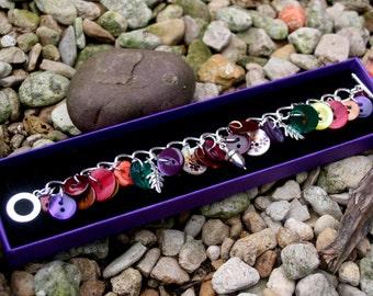 Acorn charm button bracelet